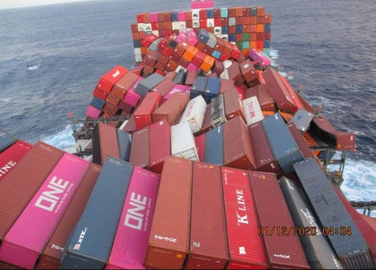 The Friday Five: ONE Apus spills 1,900 Containers into Pacific