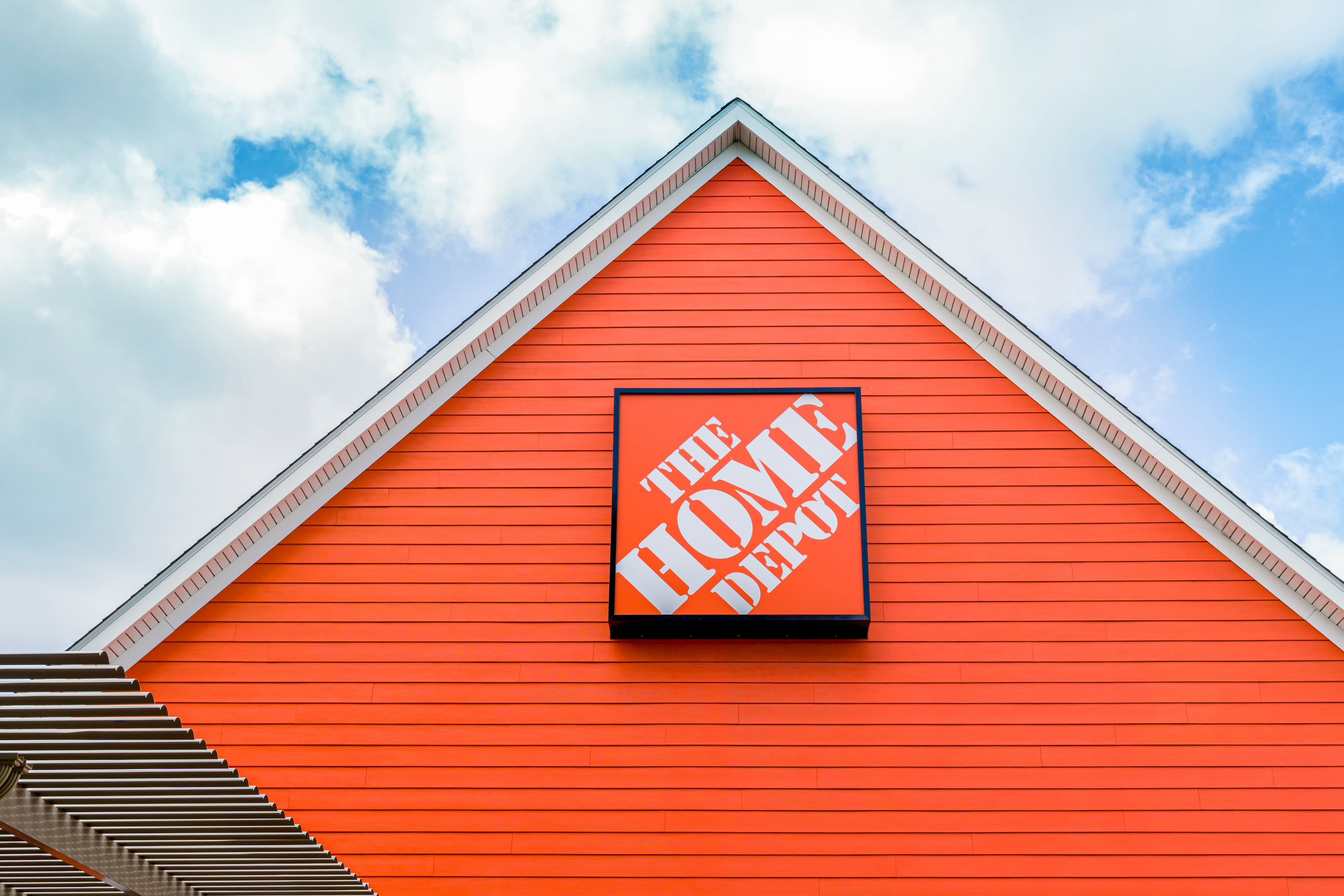 The Friday Five: Go Big or Go Home Depot — Walmart does both with first GoLocal customer