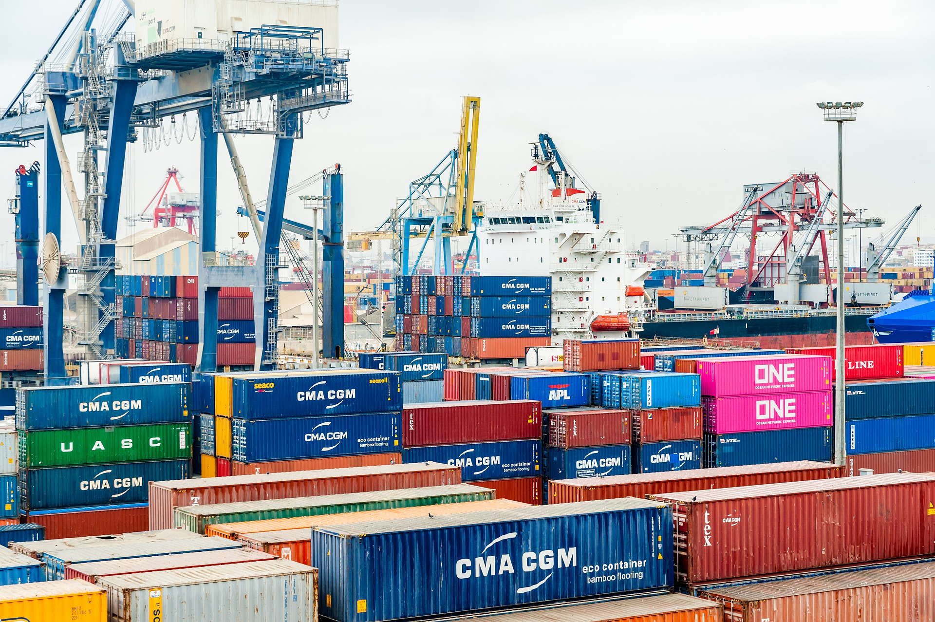 The Friday Five: Supply, Demand and Container Shipping Rates