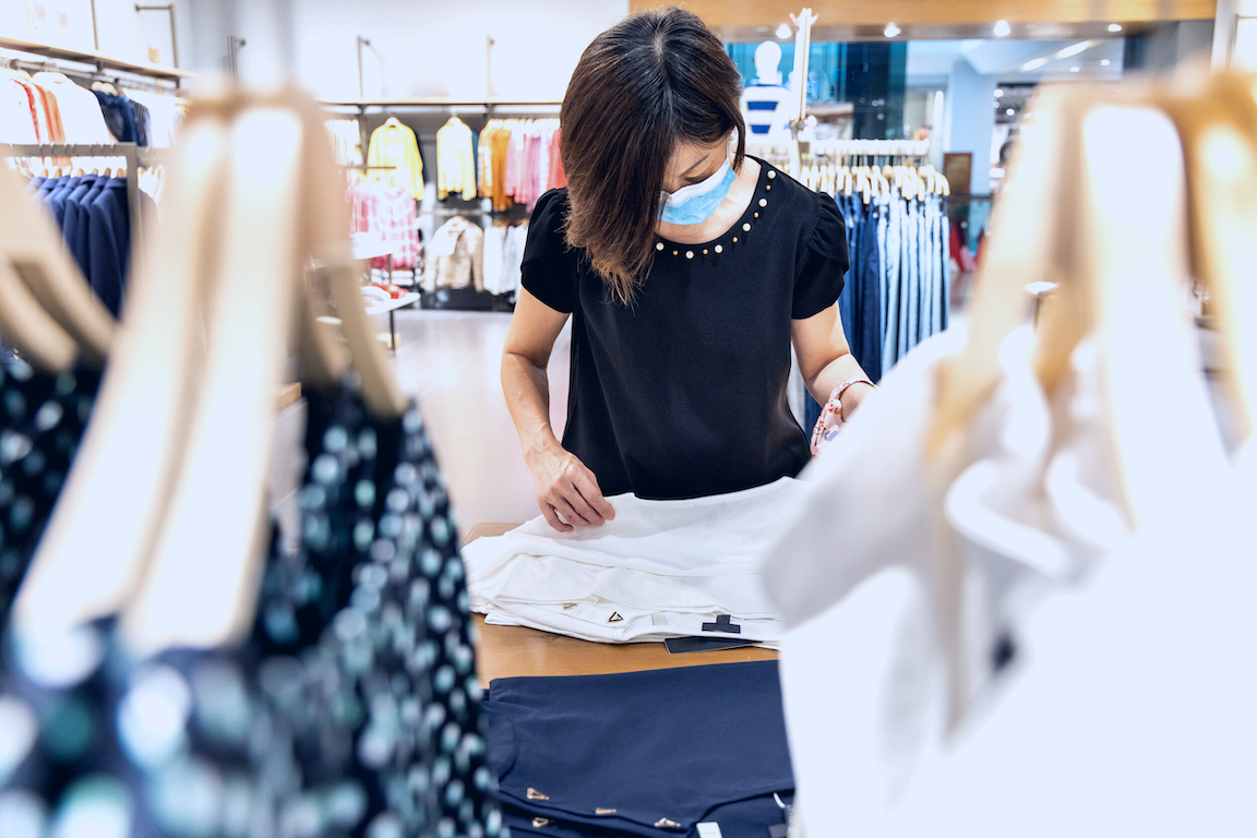 The Friday Five: Consumers boost retail spending despite supply chain strains